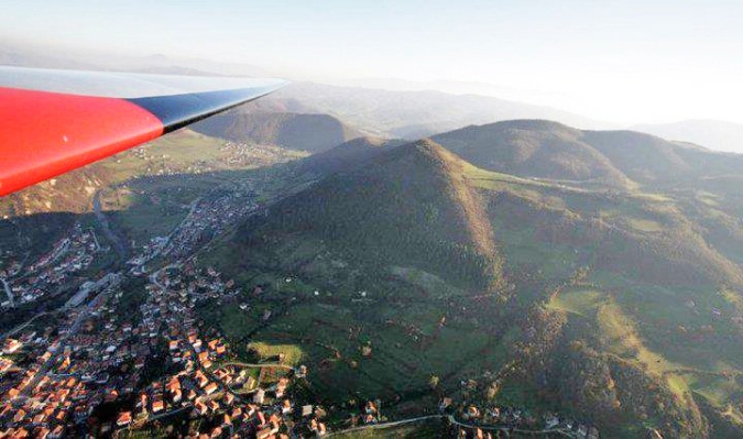 Bosnian pyramid of the sun from plane