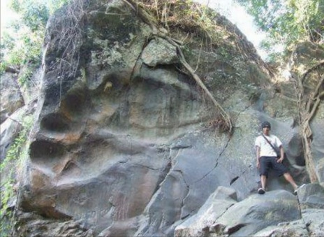 Giant footprint - Subang, Jawa Barat (West Java), Indonesia
